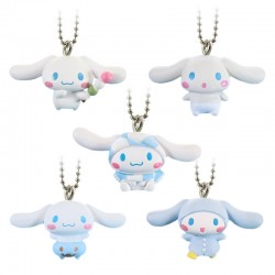 Colgante Cinnamoroll Four Seasons Gashapon