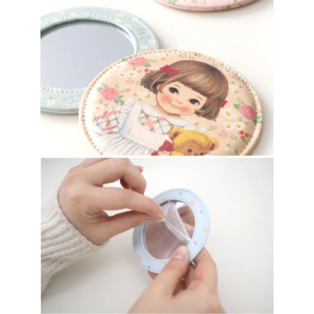 Paper Doll Mate Floral Pocket Mirror